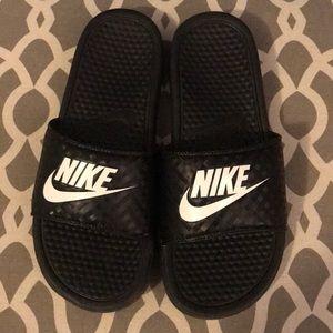Women's Nike slip on sandals